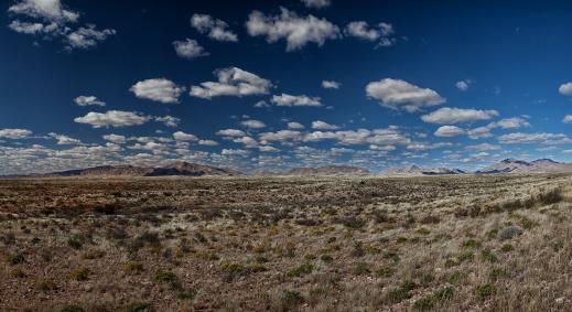 Mountains 1500 x 800 240dpi