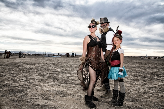 N02A5902 Steampunk family