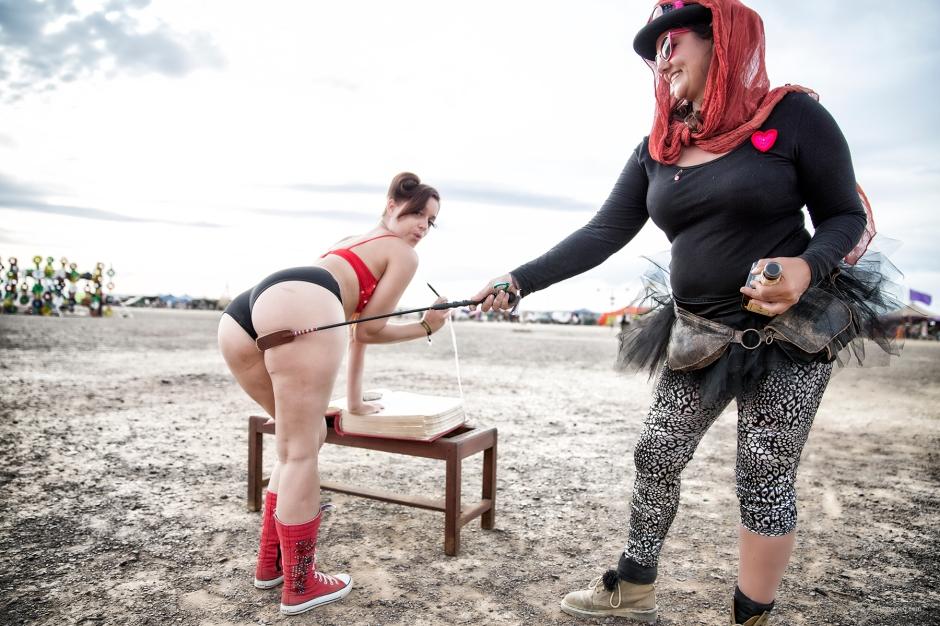 N02A9665 spanking
